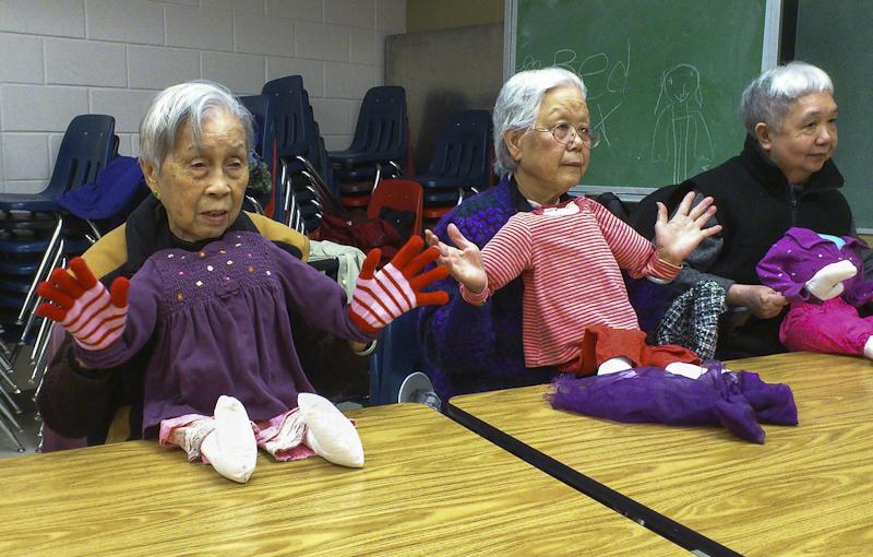 Healthy Aging Through the Arts 2 - photo Liza Tam