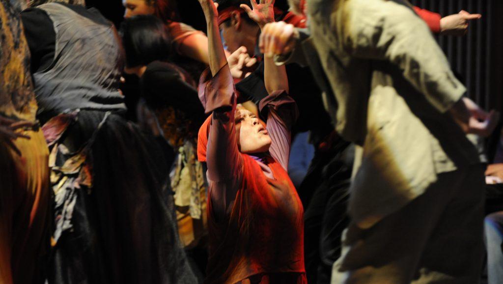 metamorphose-kjd-appearing-in-photo-carnegie-dance-troupe-dancer-deborah-charlie-photo-chris-randle